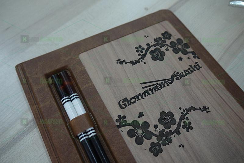 Mẫu làm menu gỗ khắc laser đen