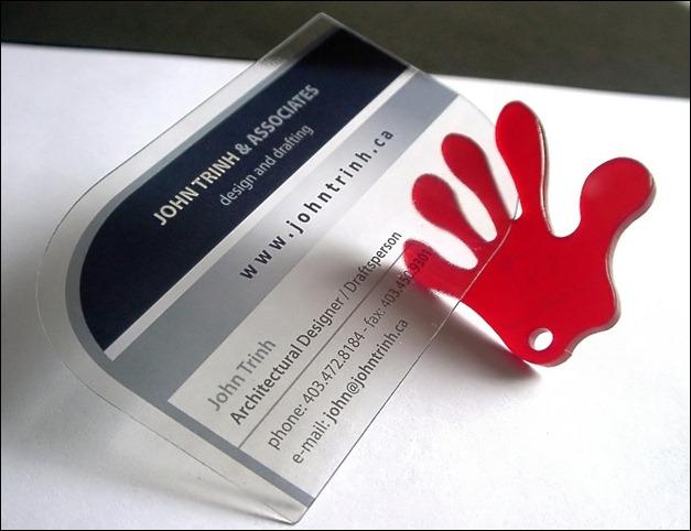 Thẻ nhân viên nhựa trong với những thông tin cơ bản