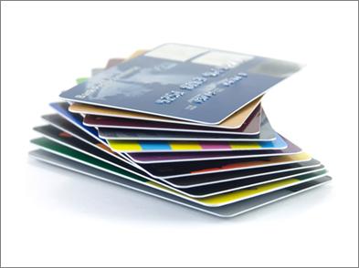 In thẻ nhựa dập nổi tại TPHCM