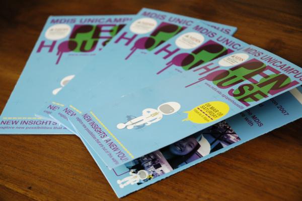 Mãu brochure đẹp cho lĩnh vực du lịch