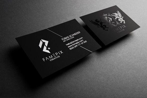 In card visit màu đen kết hợp với kéo nhũ bạc