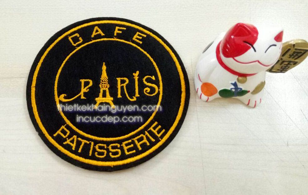 Lót ly vải của quán CAFE PARIS