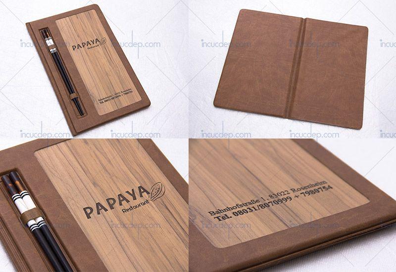 Mẫu menu bìa gỗ sử dụng đũa menu cao cấp