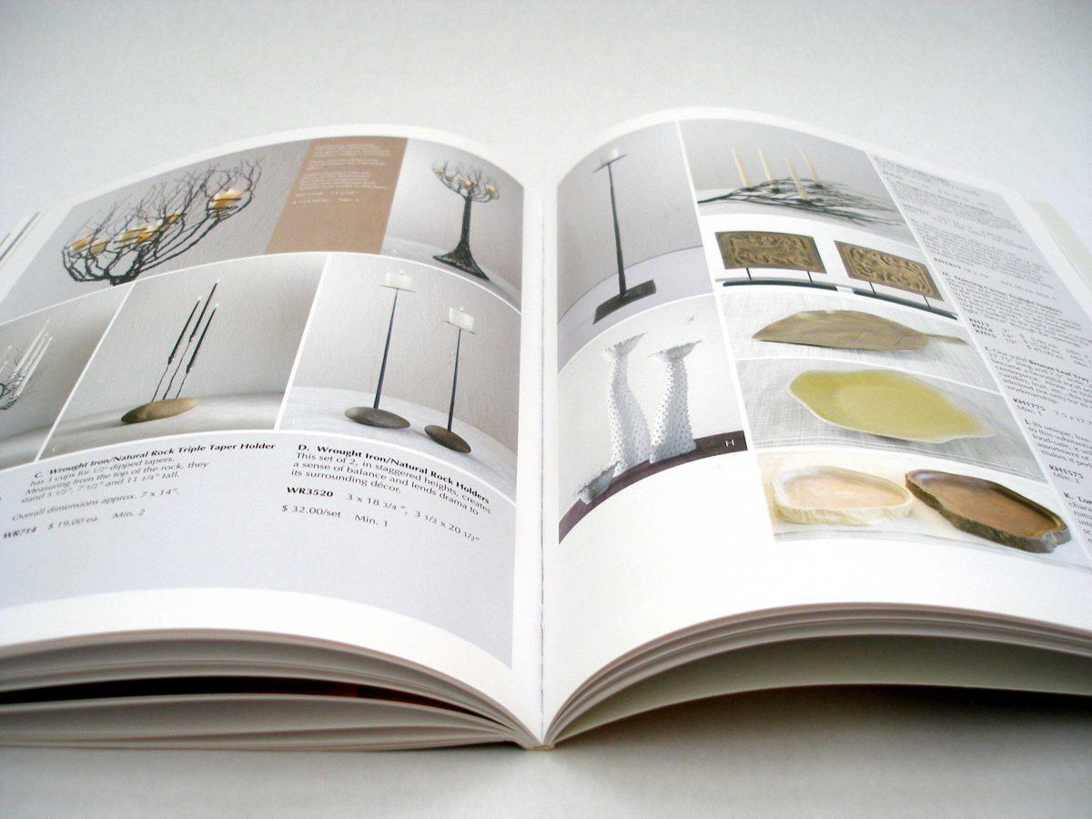 In catalogue gáy keo kích thước A4 đứng