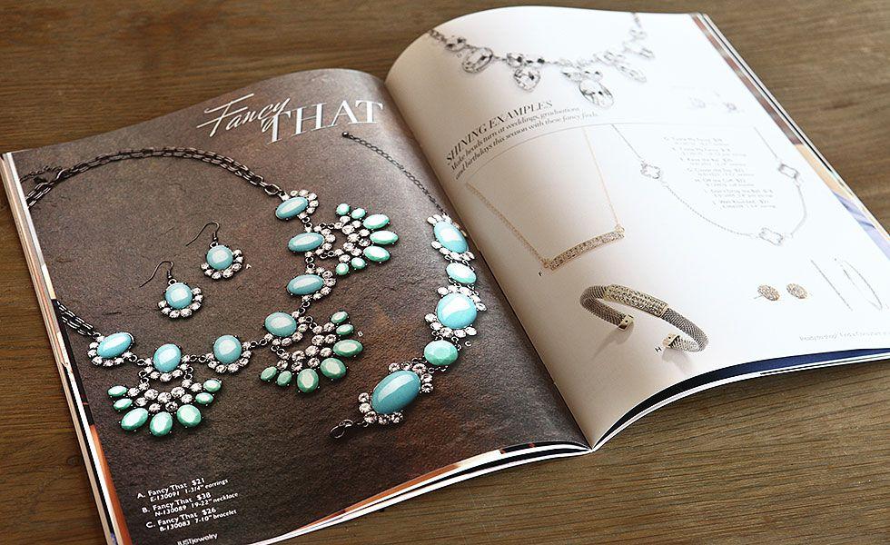 Thiết kế catalog trang sức - giá thiết kế catalogue chuyên nghiệp