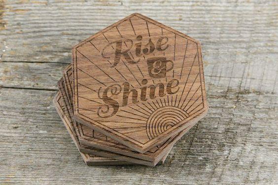 Làm lót ly gỗ bền rẻ đẹp