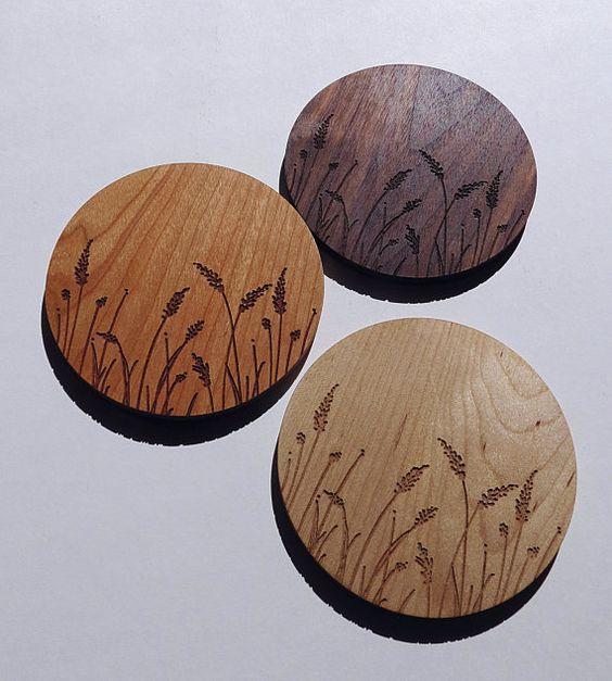 Mẫu in lót ly gỗ khắc laser giá rẻ đẹp tphcm