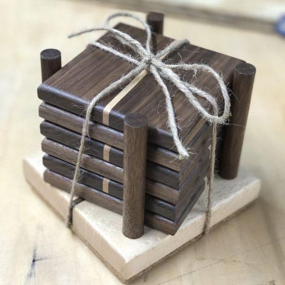 Làm lót ly gỗ tphcm, mẫu lót ly gỗ hình vuông