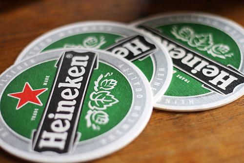 Mẫu thiết kế đế lót ly hãng bia nổi tiếng