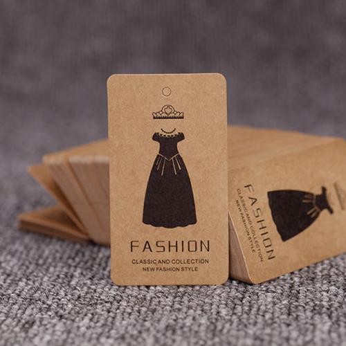 Thẻ treo làm bằng chất liệu giấy kraft