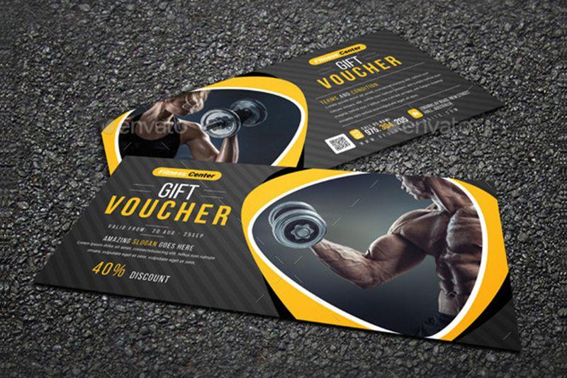 Kèm theo hình ảnh cũng giúp tạo sự thu hút cho tấm voucher